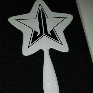 🆕️Jeffree Star, Halloween White and Black